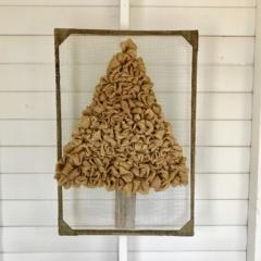 Burlap Tree Decor – A Unique DIY