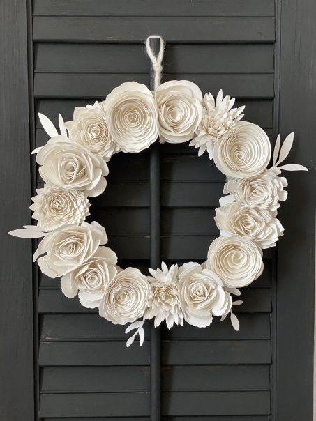 paper flower wreath with cricut
