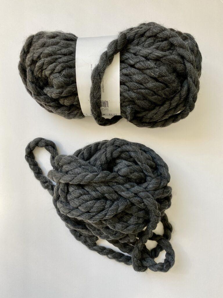 Dark Gray chunky yarn