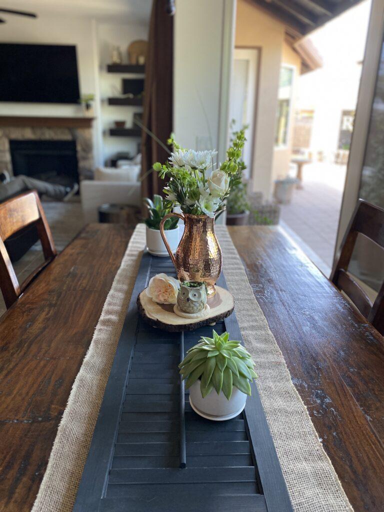 a minimal spring dining table centerpiece idea