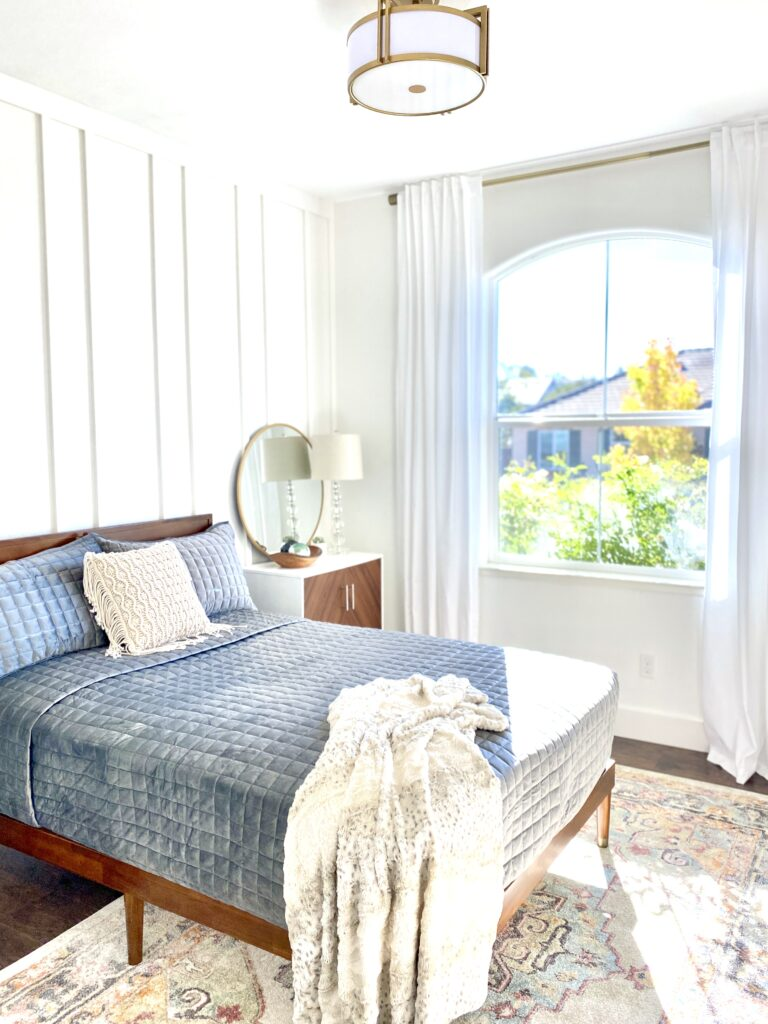 washable white bedroom curtains in a bedroom