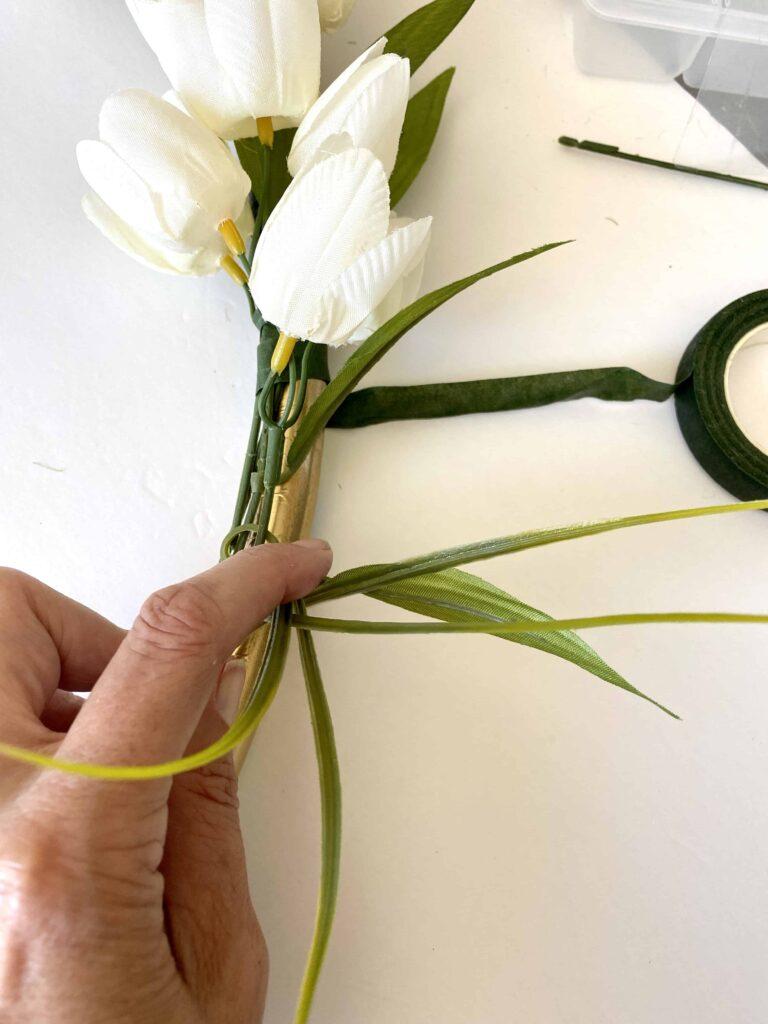 White Tulip Wreath DIY